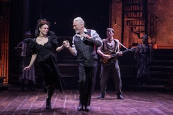 Amber Gray et Patrick Page dans «Hadestown». Photo de Matthew Murphy.