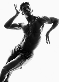 Lloyd Knight, directeur de la Martha Graham Dance Company. Photo par Greg Vaughan.